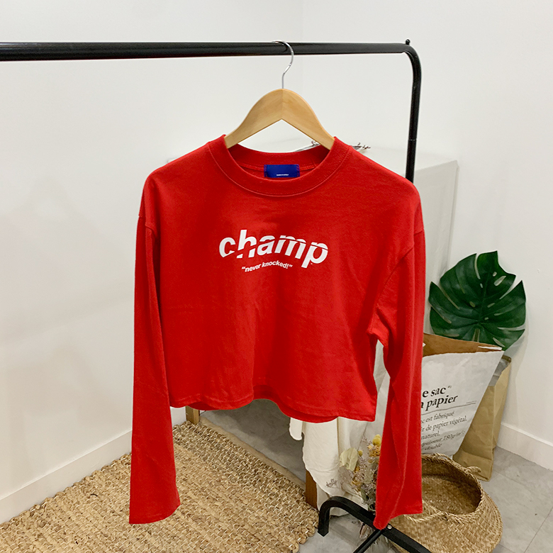 Champ Lettering Crop Round T-Shirt