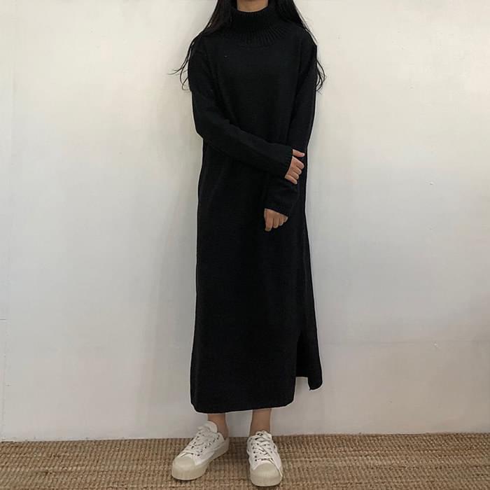 Neck polarized knit long dress
