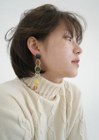kitsch circle earrings