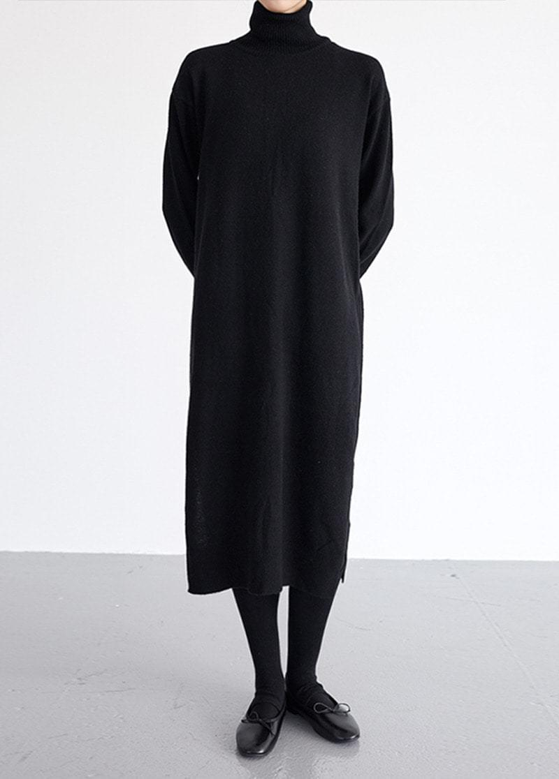 Polar long knit dress