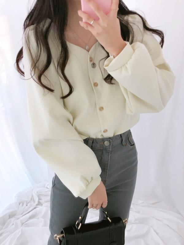 Peach Petal Neck Blouse