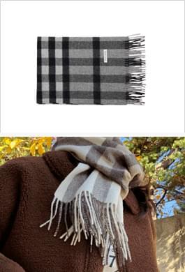 100% wool scarf