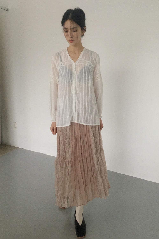 frill ruffle blouse (2colors)