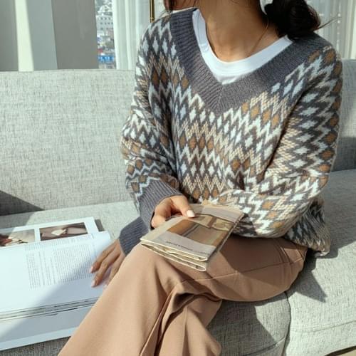 Zigzag loose fit knit