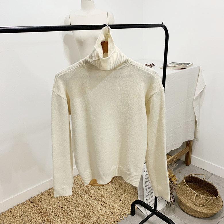 Honey Turtleneck Polar Knit