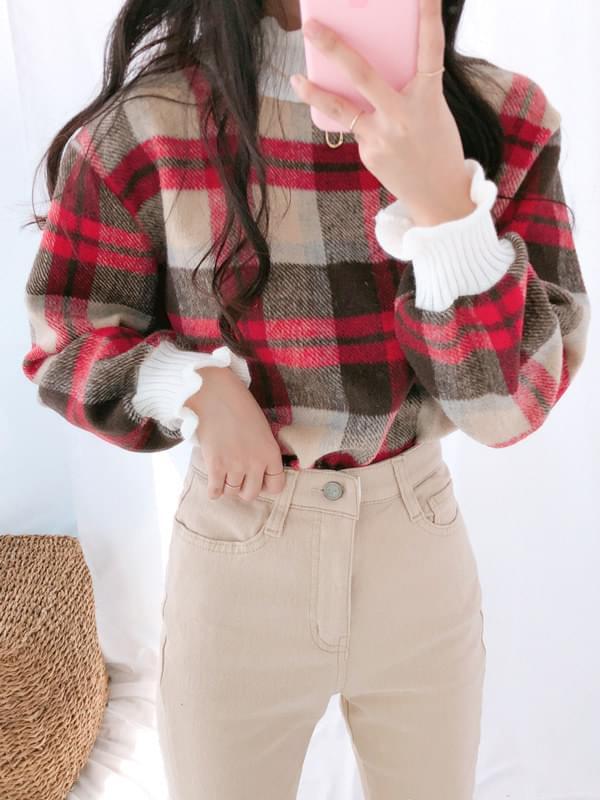1105 check ruffle blouse
