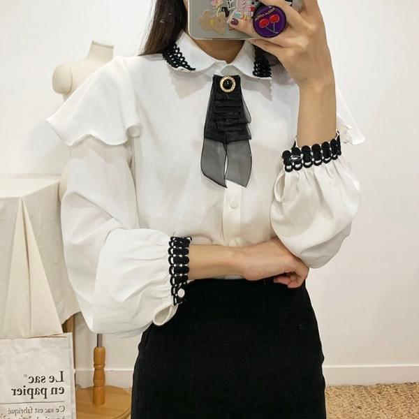 Eli ruffle brooch blouse