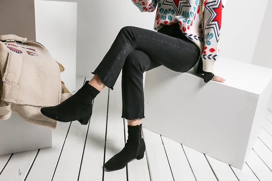 Brushed cutting banding denim black jeans _pt03480
