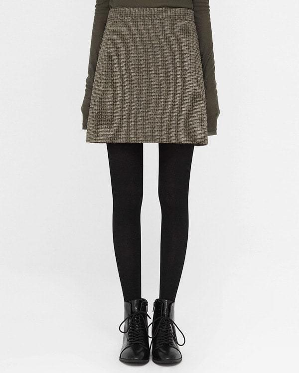 some one wool mini skirts (s, m)