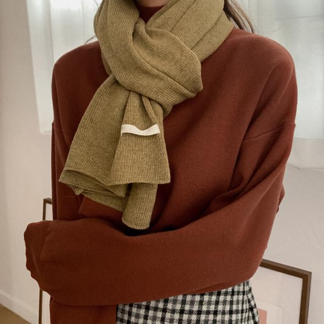Daily wool knit muffler