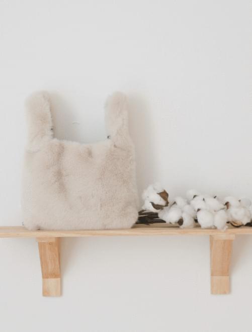 Dive fur handle tote bag _Y