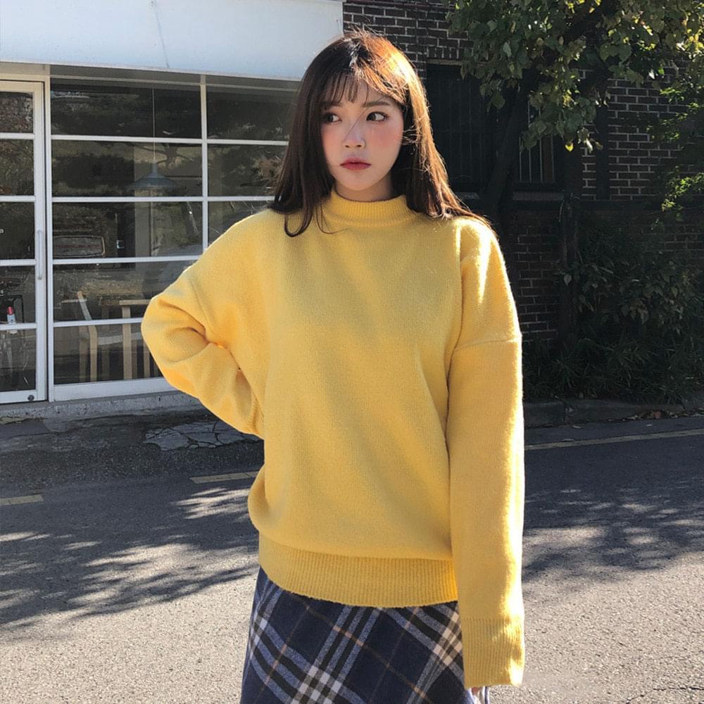 Maple round neck knit