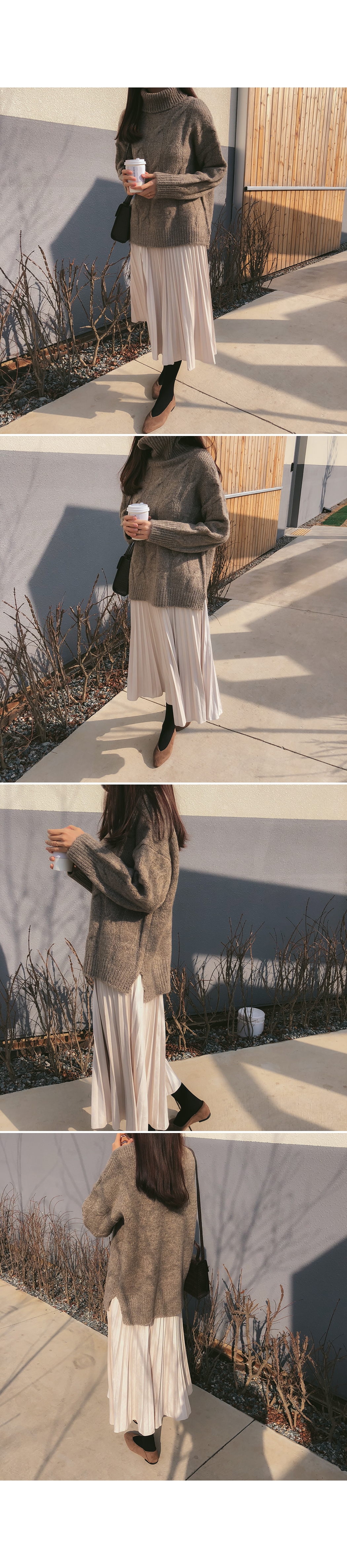 Sand suede pleated skirt