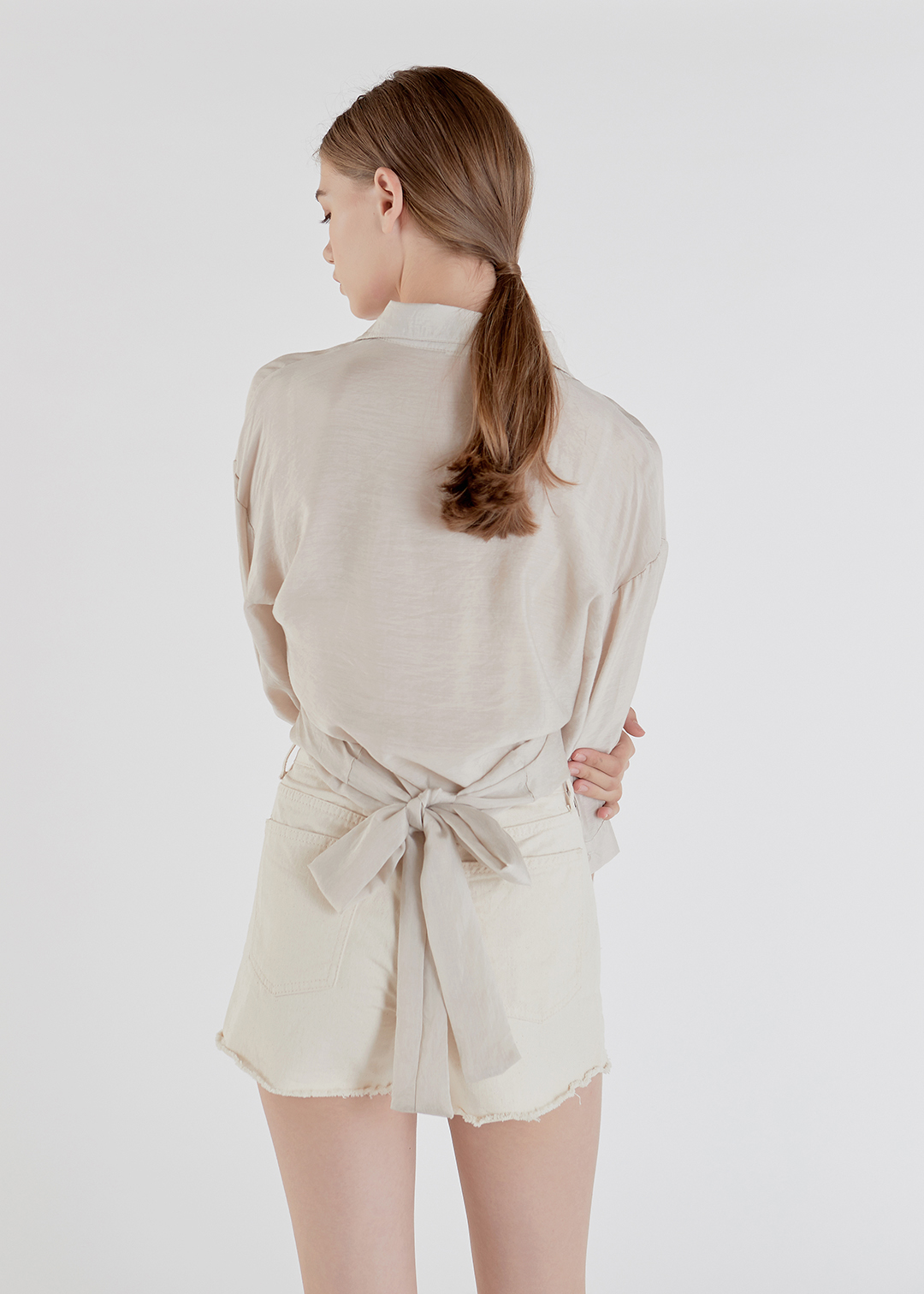 Tie Wrap Back Point Shirt