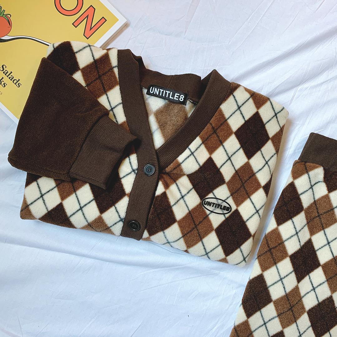 Fleece Argyle Cardigan Fleece Argyle Skirt (Brown)SET