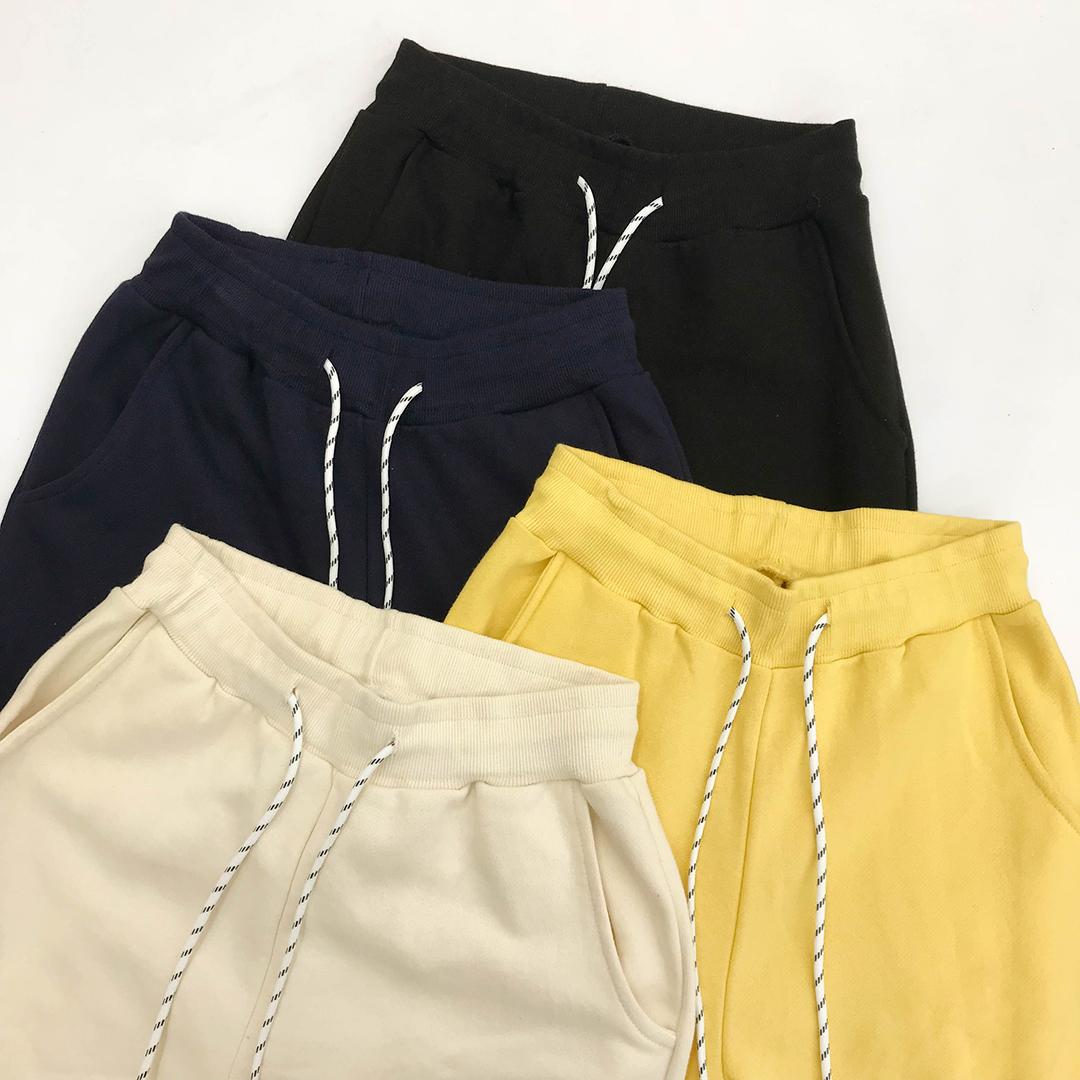 String banding jogger pants
