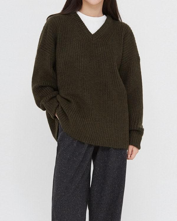siso wool v-neck knit
