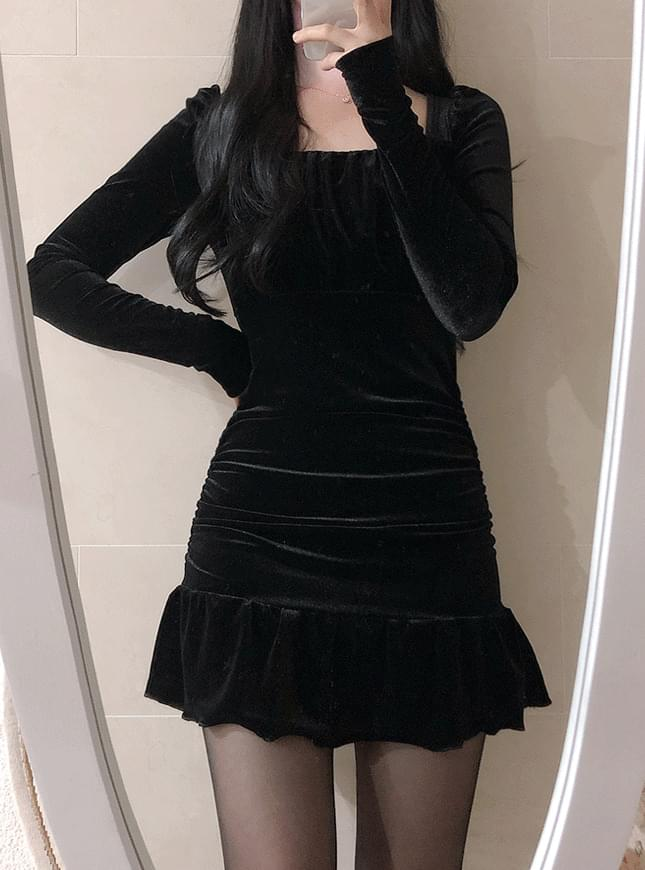 Mermaid Shirring Velvet Dress ワンピース