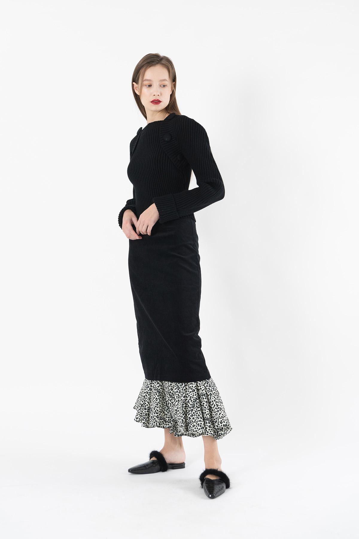 Corduroy long skirt