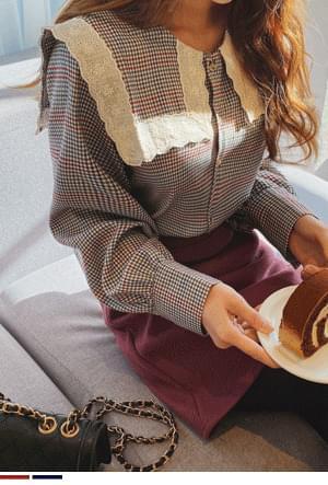 Karagam wrapped race blouse