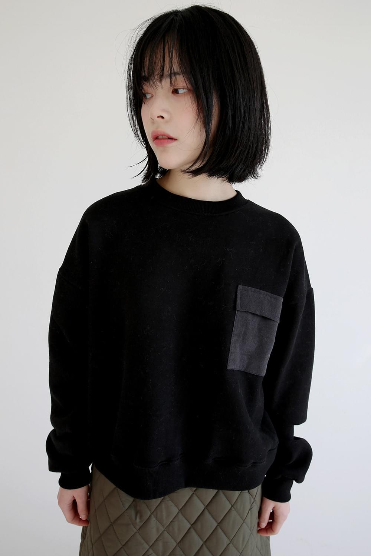 welt pocket sweatshirts