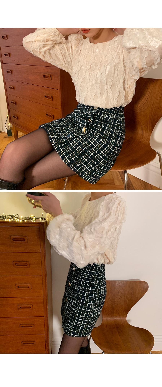 Tweed button mini skirt