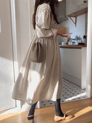 Cream Cheese Shirring Dress