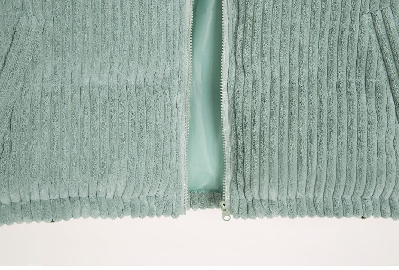 Pastel corduroy padding