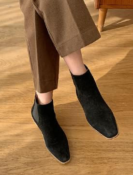 Sheep skin ankle boots_U (size : 225,230,235,240,245,250)