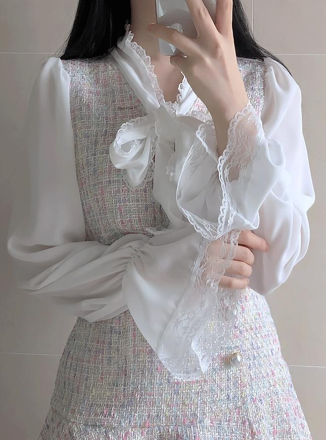 ♥ Chane tweed blouse