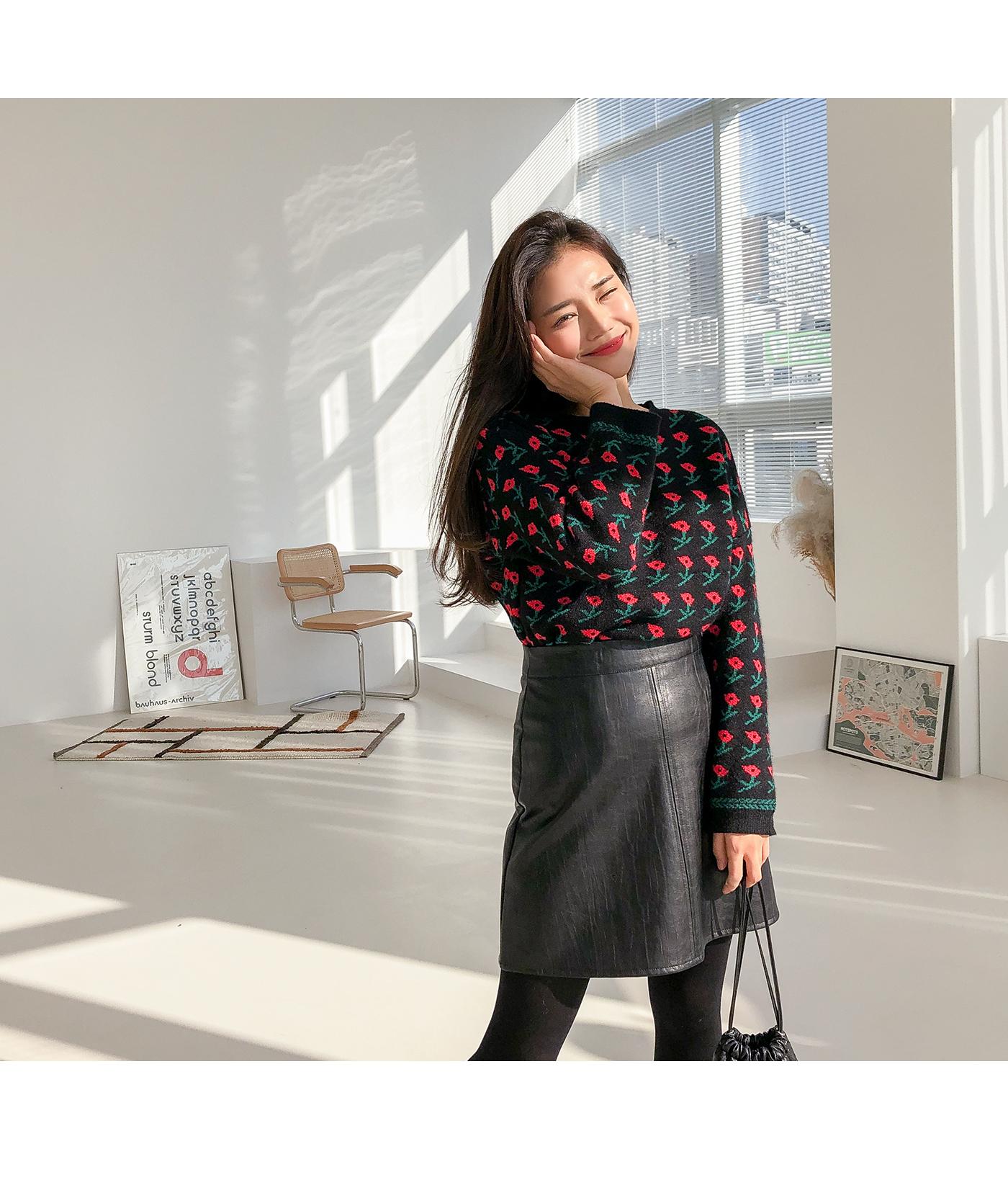 Fake leather skirt
