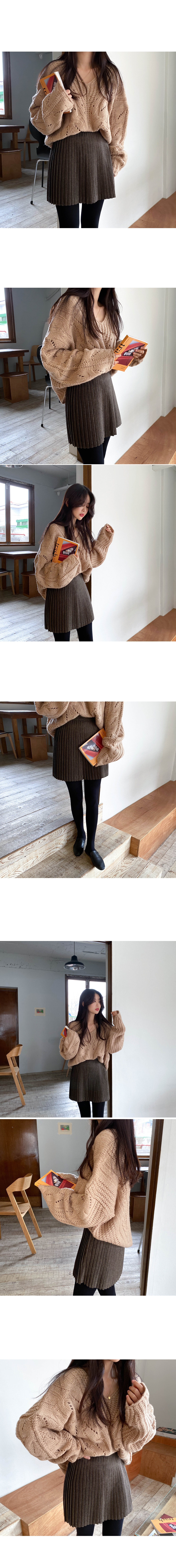 Louis checkpleats miniskirt