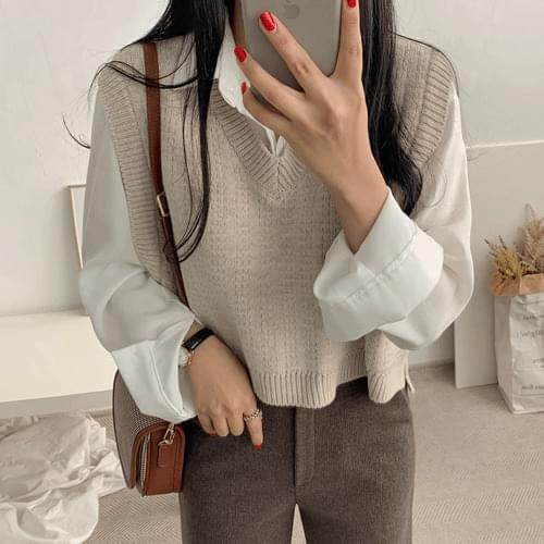 Eve Mini Knit Vest Cardigan & Vest