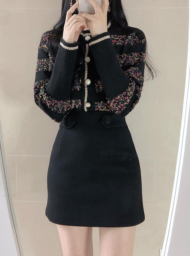 Le A button skirt スカート