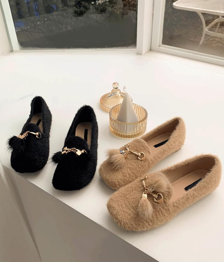 Real fur cowhide loafers