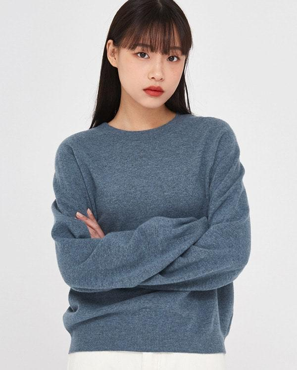 in soft touch wool knit