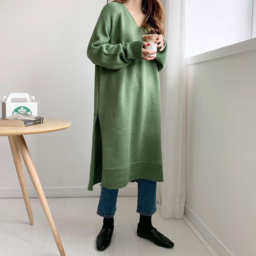 Slime V-Slit Knit Long Dress