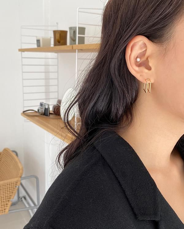 Polling Double Square Earrings