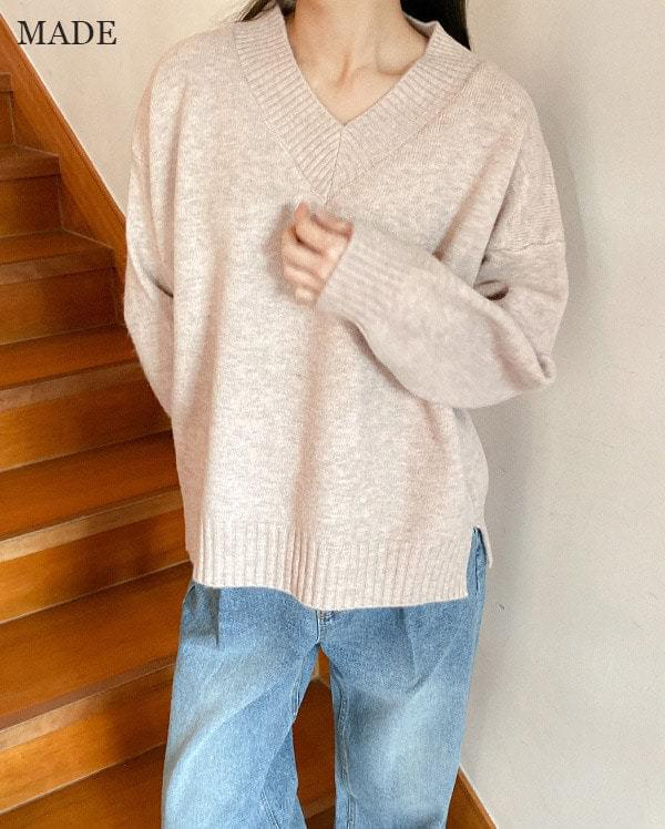 Mori loose fit v neck knit