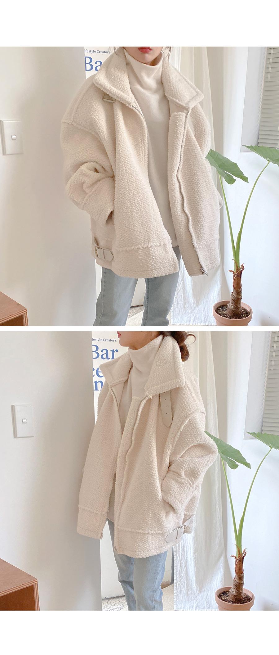 Blanket high neck knit T-shirt