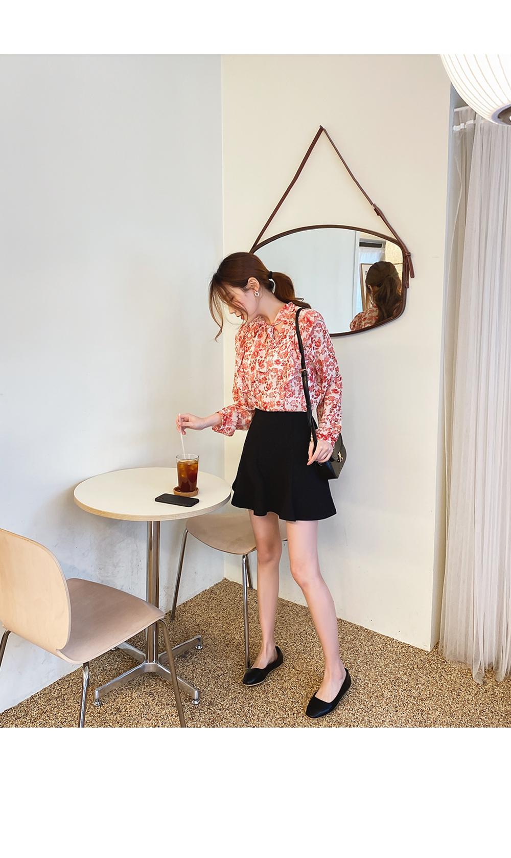 Flower-filled blouse