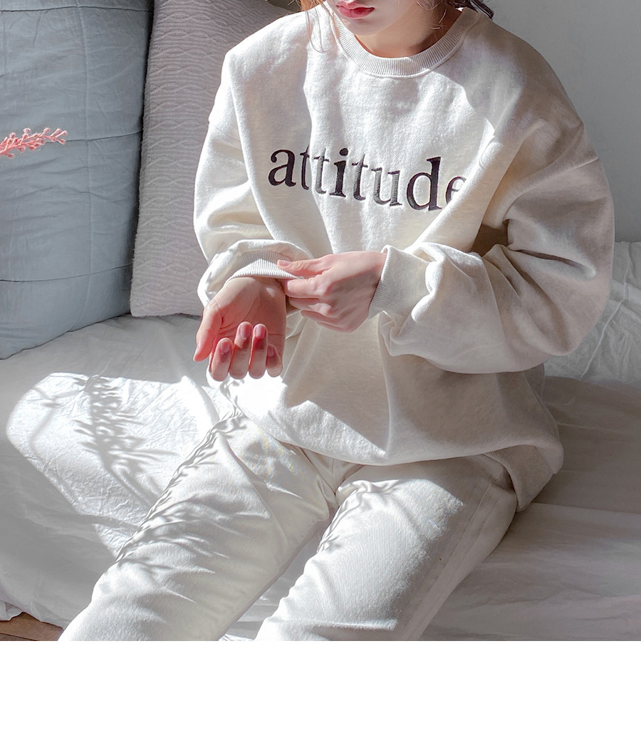 Attitude raising sweat shirt