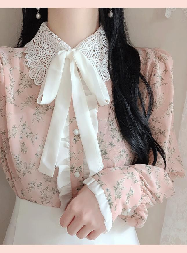 Berry Twig Ribbon Blouse