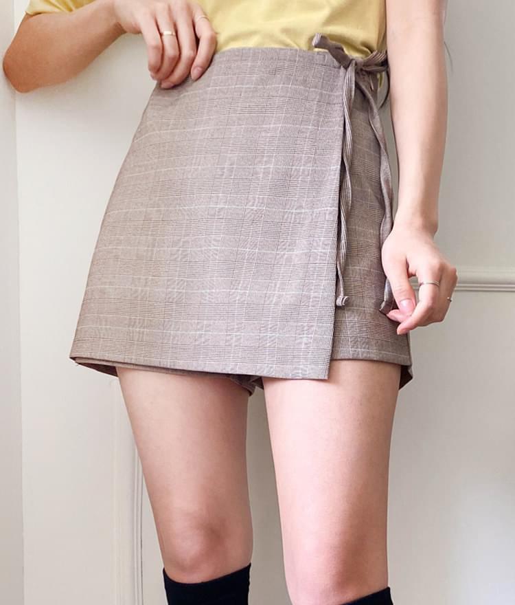 Lady's wrap skirt underwear
