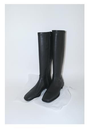 square toe black calf boots