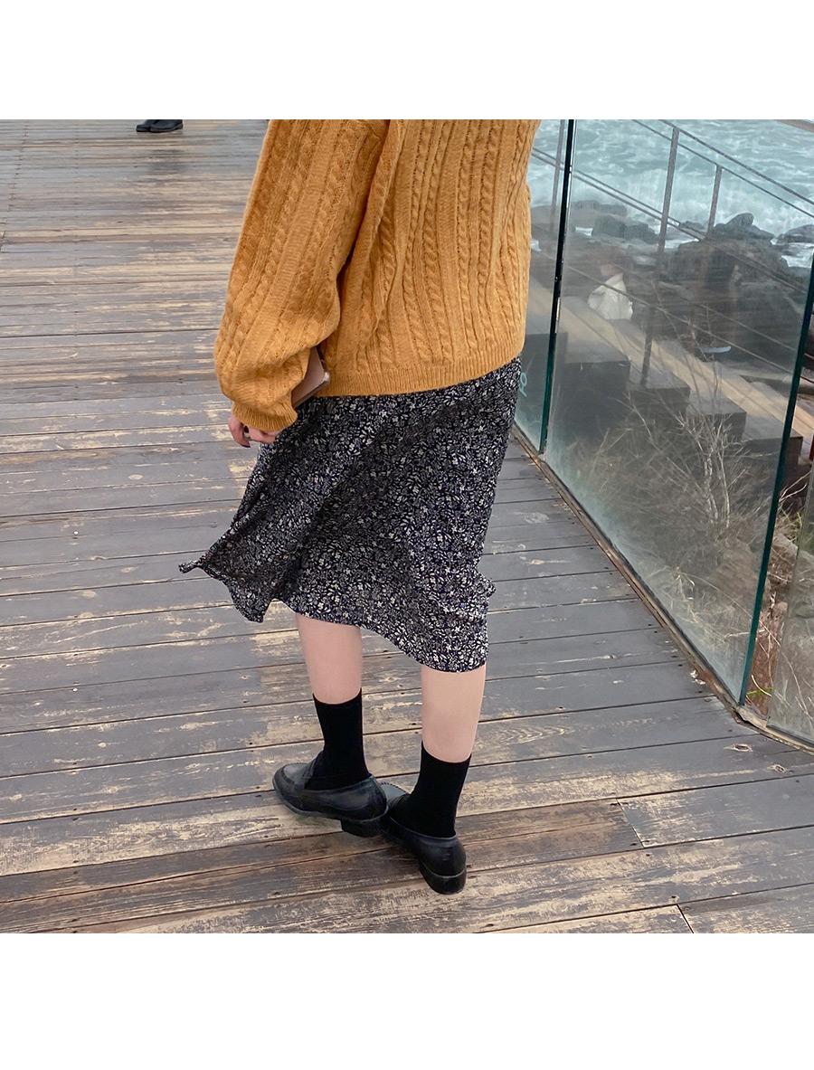 Multi-knit boxy cardigan