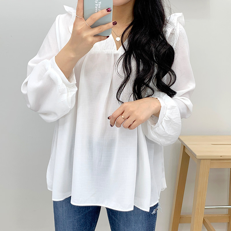 Muuffled blouse