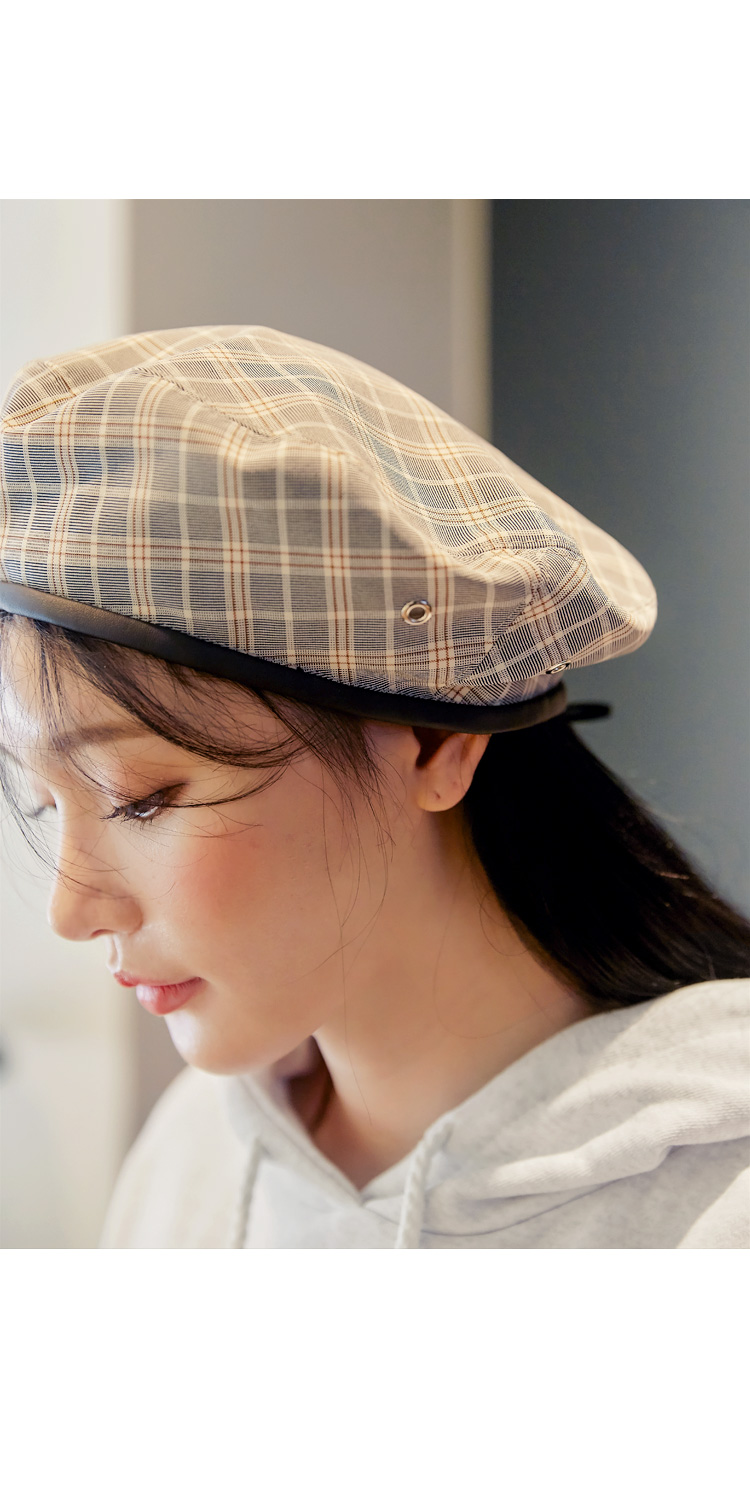 HOTIN LEATHER LINE CHECK BERET