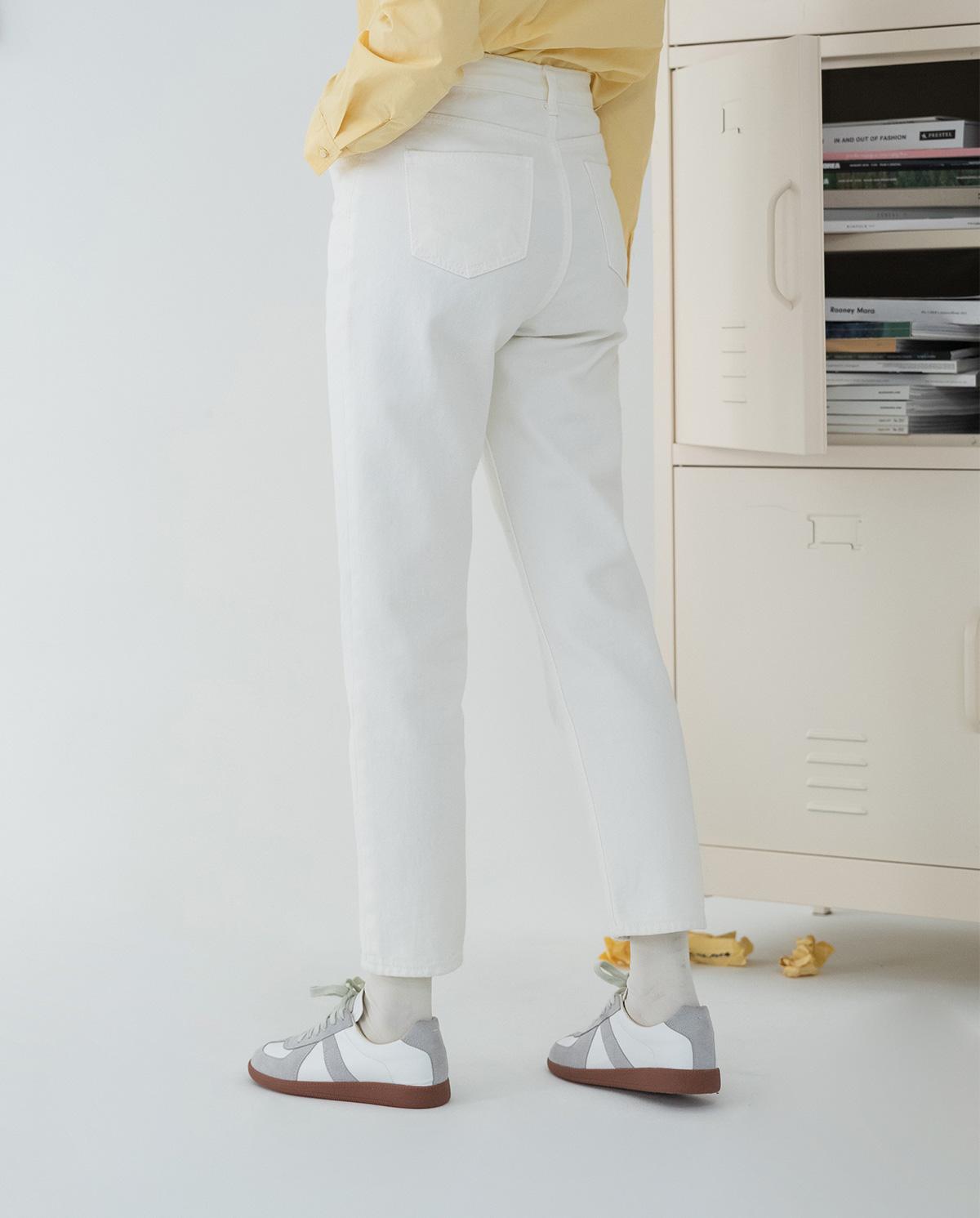 Semi Slim Back Fit Pants