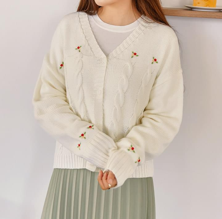 TWIST FLOWER NEEDLE KNIT CARDIGAN 開襟衫 & 背心